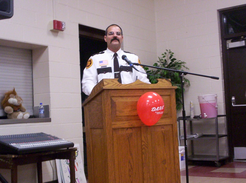 Lt. Al Cummings addresses the 2008 graduating clas